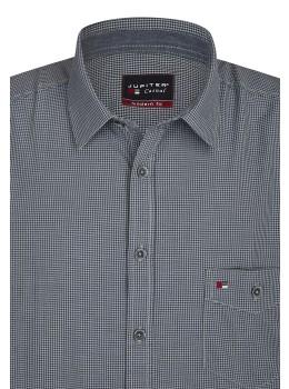 Modernes Karo-Hemd